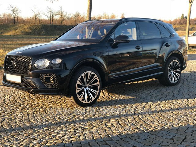 Rental Bentley Bentayga V8 new Model 2021 in Luxembourg City
