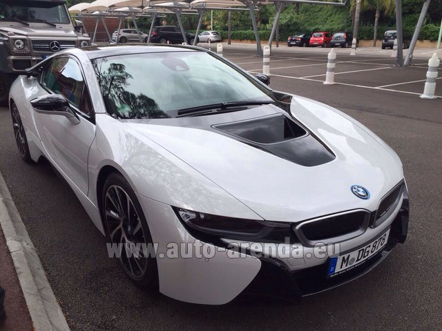 Rental BMW i8 Coupe Pure Impulse in Luxembourg