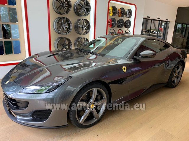 Rental Ferrari Portofino in Diekirch