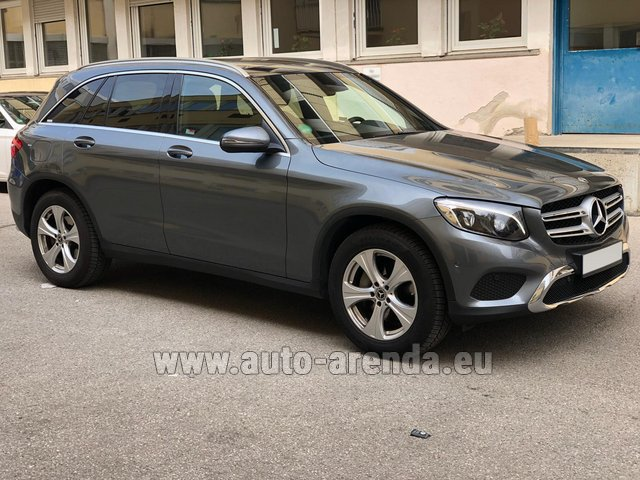 Rental Mercedes-Benz GLC 220d 4MATIC AMG equipment in Luxembourg