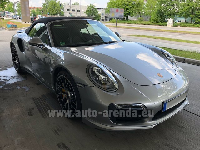 Rental Porsche 911 991 Turbo S in Luxembourg