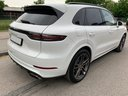 Rent-a-car Porsche Cayenne Turbo V8 550 hp with its delivery to Luxembourg Findel Airport, photo 4