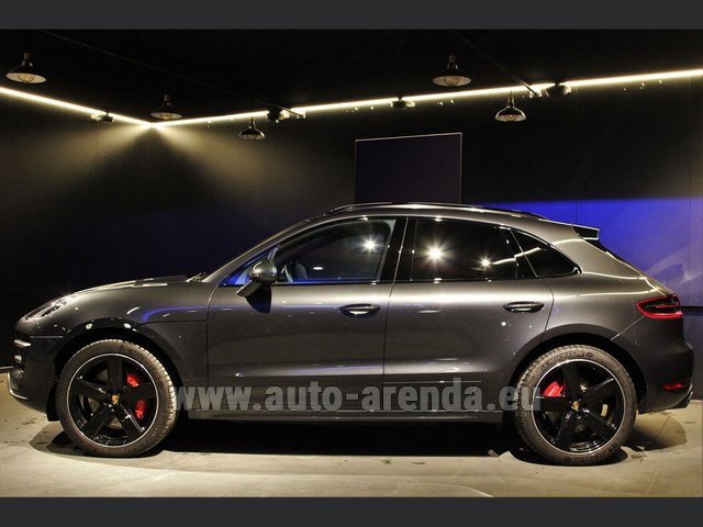 Rental Porsche Macan S Diesel 3.0 in Luxembourg City