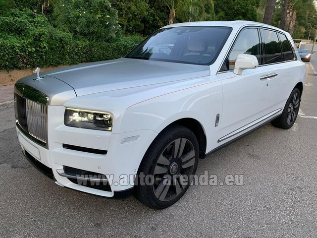 Rental Rolls-Royce Cullinan White in Luxembourg City