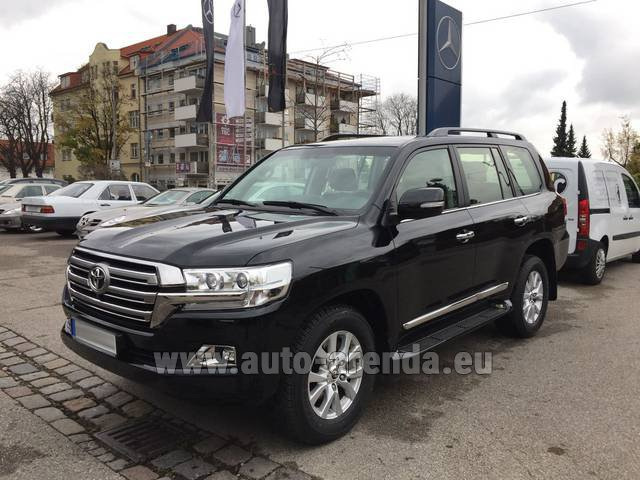 Rental Toyota Land Cruiser 200 V8 Diesel in Dudelange