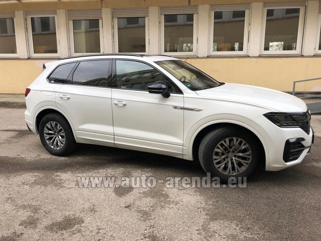 Hire and delivery to Luxembourg Findel Airport the car Volkswagen Touareg R-Line